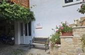 Separater Eingang zur Wohnung - Ferienwohnung Haus Vroni, Weindorf Königsbach, Neustadt / Weinstr. (Pfalz)