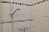 Modernes Bad mit Dusche / WC - Gästezimmer im Klohrer Winzerhof, Neustadt / Weinstr., Weindorf Mußbach (Pfalz)