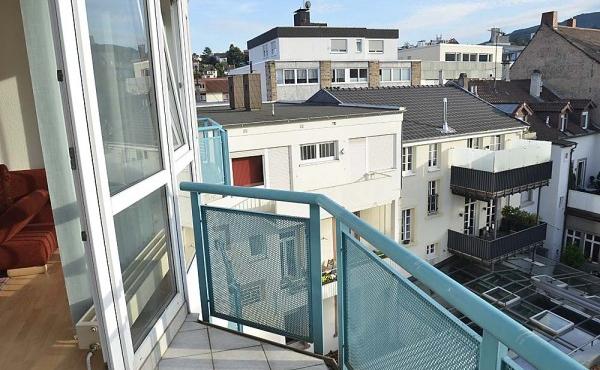 Balkon mit Blick in den ruhigen Innenhof - Fewo Hohenzollern, Neustadt / Weinstr.
