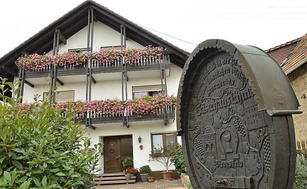 Außenansicht - Gästehaus Ehmer an der Weinstraßenmitte, Weindorf Diedesfeld, Neustadt an der Weinstraße (Pfalz)