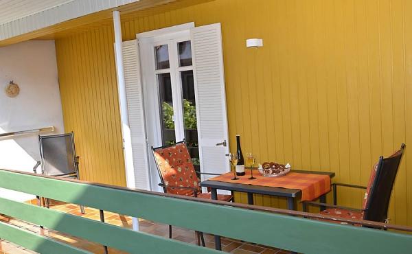 Großzügiger Balkon, Fewo Kirchbergblick - Haus am Schlossberg, Neustadt / Weinstr., Weindorf Hambach