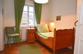 2. Schlafzimmer mit Einzelbett, Fewo Kirchbergblick - Haus am Schlossberg, Neustadt / Weinstr., Weindorf Hambach