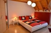 Schlafzimmer, nebenan Ankleideraum - Haus Stachel, Apartment Dorsa, Neustadt / Weinstr., Weindorf Hambach