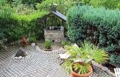 große Terrasse mit Sitzgelegenheiten und Grill, Apartment Weinberg - Urlaubsdomizil Haardter Sonne, Neustadt / Weinstr. (Pfalz)