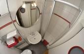 kleines Bad mit Dusche / WC - Ferienwohnung Mönchgarten, Haus Mandelblüte, Weindorf Gimmeldingen, Neustadt / Weinstr. (Pfalz)