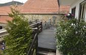 Zugang zu großer Terrasse - Ferienwohnung Haus unter der Burg, Gimmeldingen (Pfalz)