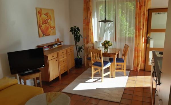 Ferienwohnung Pinie - Wohnbereich